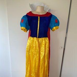 Custom Snow White Halloween Costume
